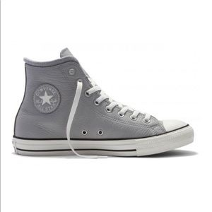 Converse Dove Grey Leather All Stars US 7/ 37.5